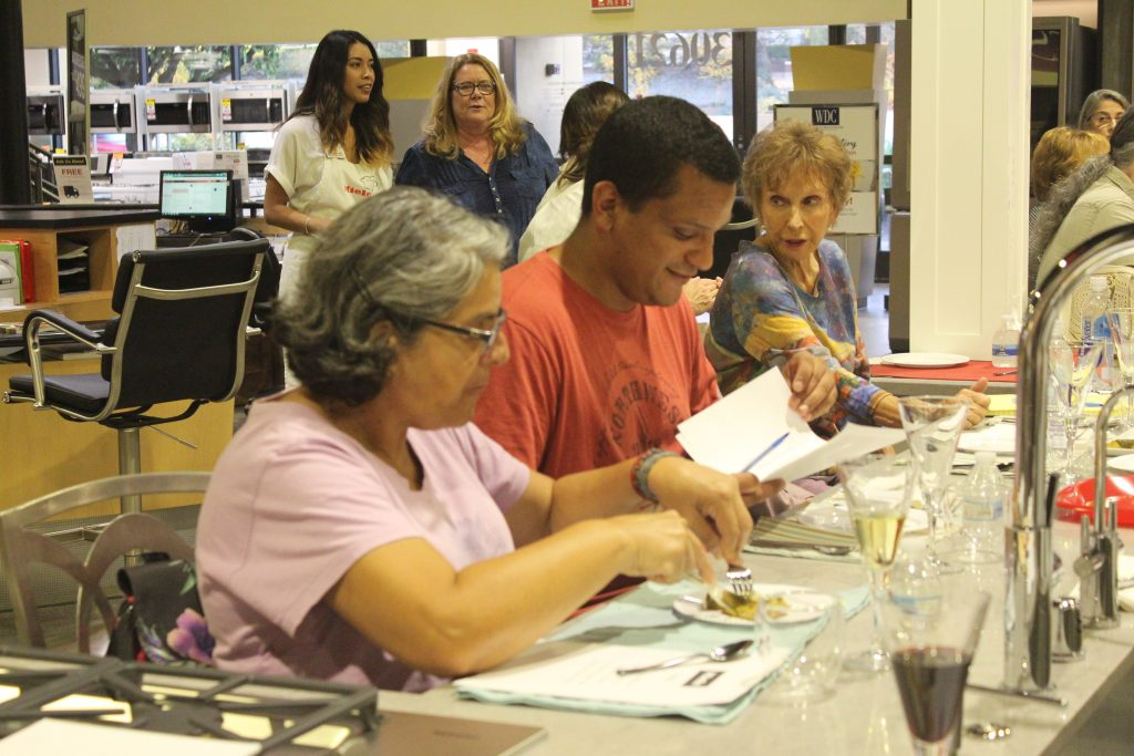 Local Miele owners talked to prospective buyers about the joy of their own purchase.